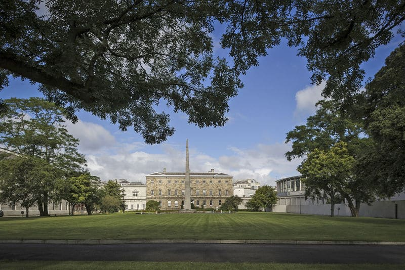 Merrion Square is one of 10 romantic spots for a picnic in Dublin